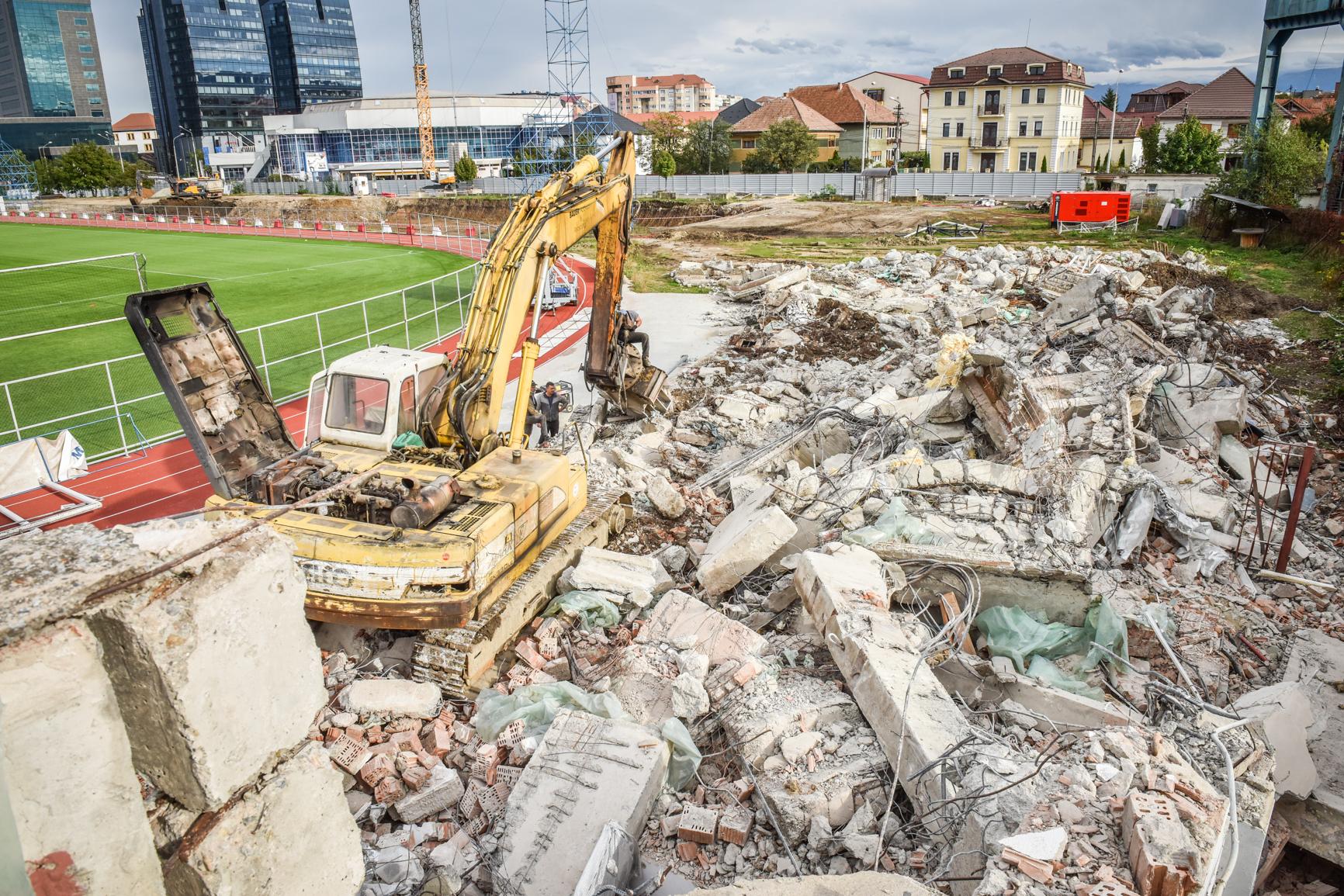 Prefectul Crețu: hotărârea prin care Sibiul cere Statului o parte din stadionul demolat nu este legală