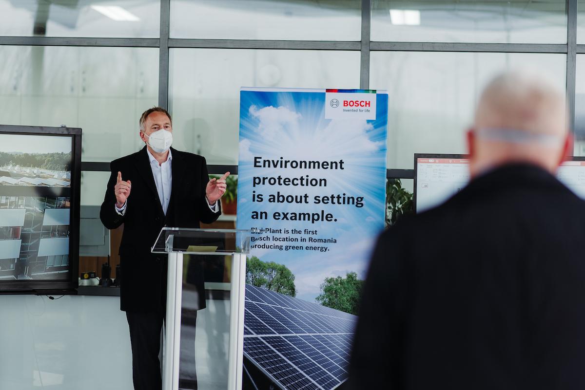 """""""Prioritizăm sustenabilitatea și protecția mediului înconjurător"""". Fabrica din Blaj devine prima locație Bosch din România care produce energie verde"""