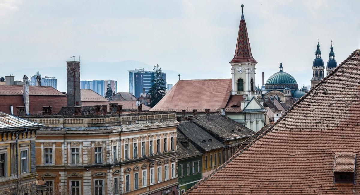 După o săptămână de carantină, incidența în Cisnădie scade sub 6. Rata de infectare scade și în Sibiu și în Șelimbăr