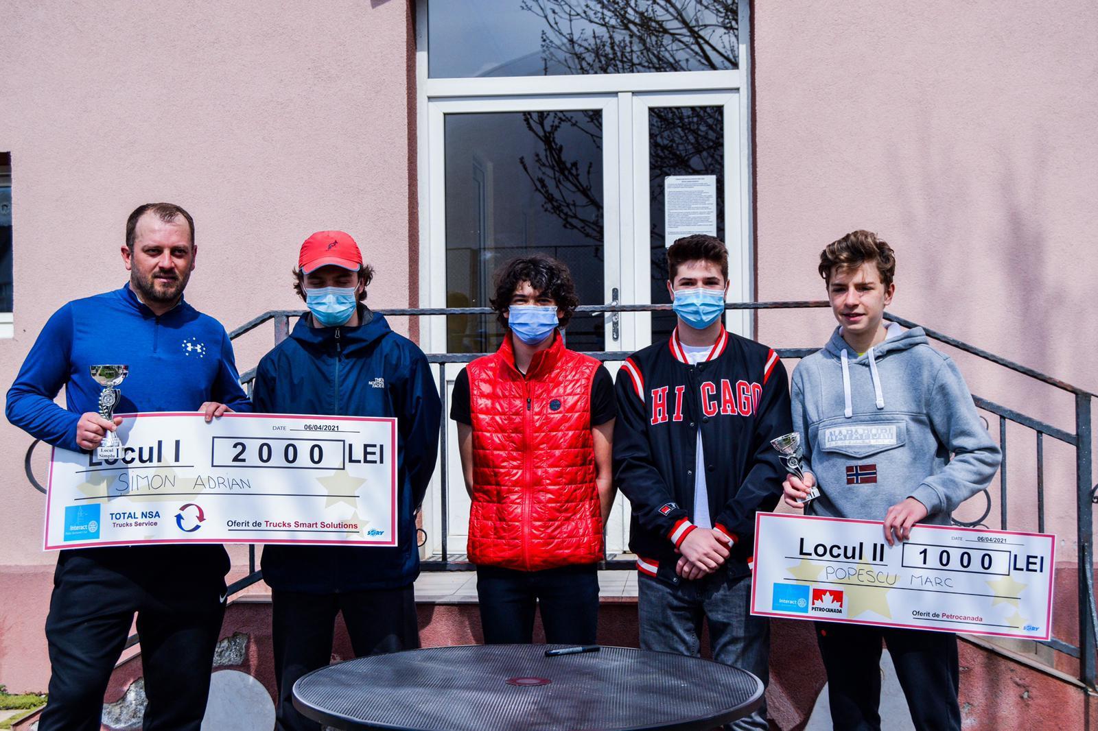 Adrian Șimon este câștigătorul turneului Interact Tenis Open. Profitul obținut în urma competiției a fost donat