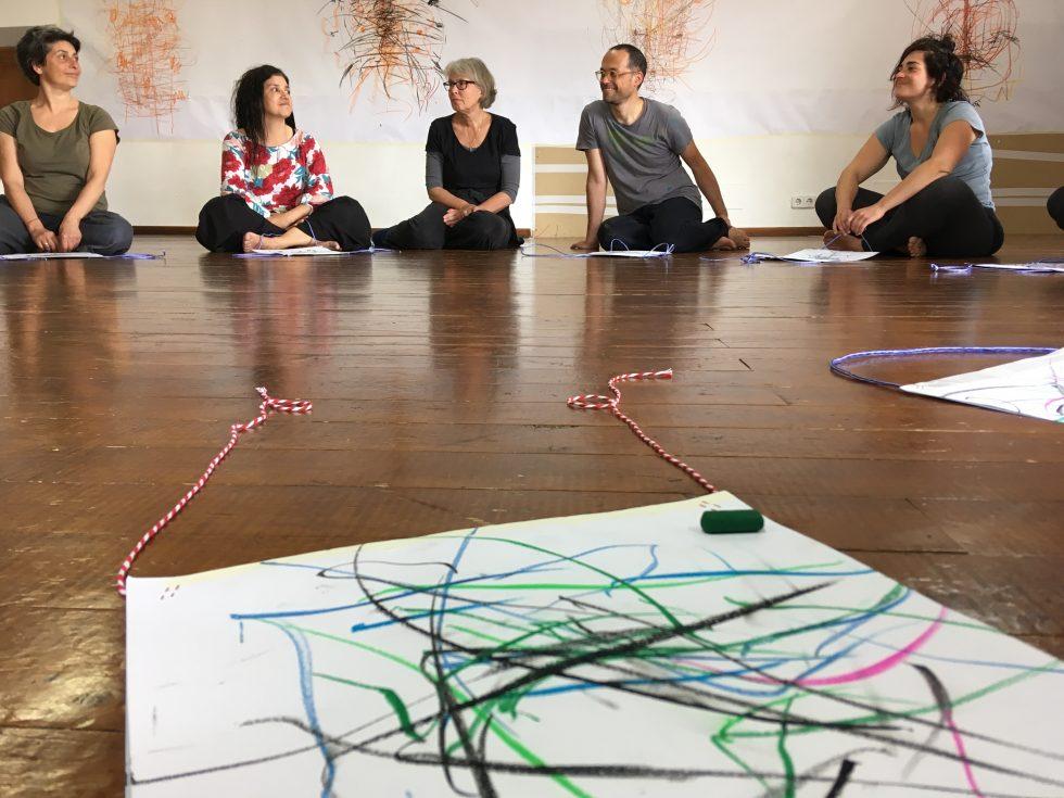 Proiectul artistic Segni mossi ajunge la Sibiu. Ateliere de explorare a relației dintre dans și semnul grafic pentru adulți și copii