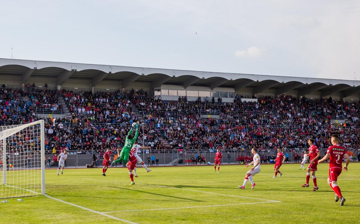 Meciul FC Hermannstadt – CS Mioveni se va juca cu suporteri în tribune. 10 lei costă biletul