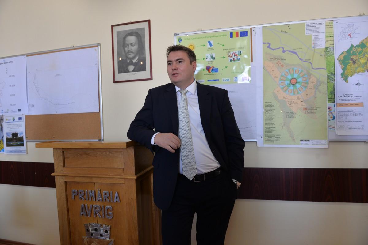 Contracte de 700.000 de lei. O bună parte din presa din Sibiu, chemată la Tribunal din cauza unui primar în conflict de interese