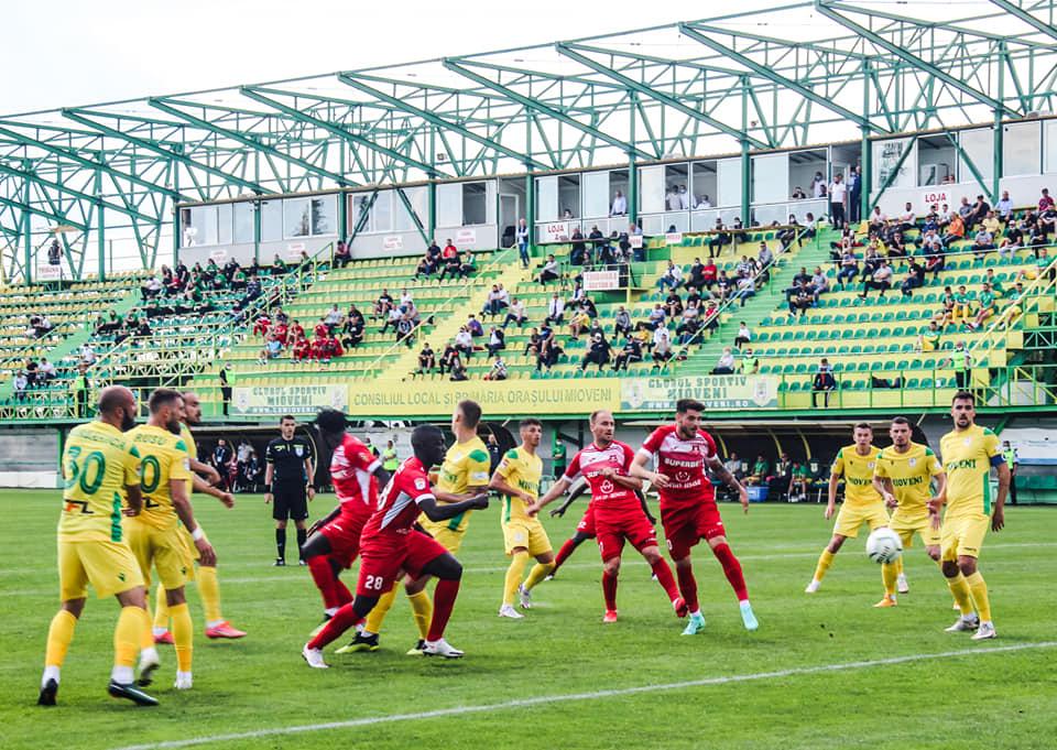 Medicii de la Spitalul din Mediaș vor face teste rapide la intrarea pe stadion, înaintea meciului FC Hermannstadt-Mioveni