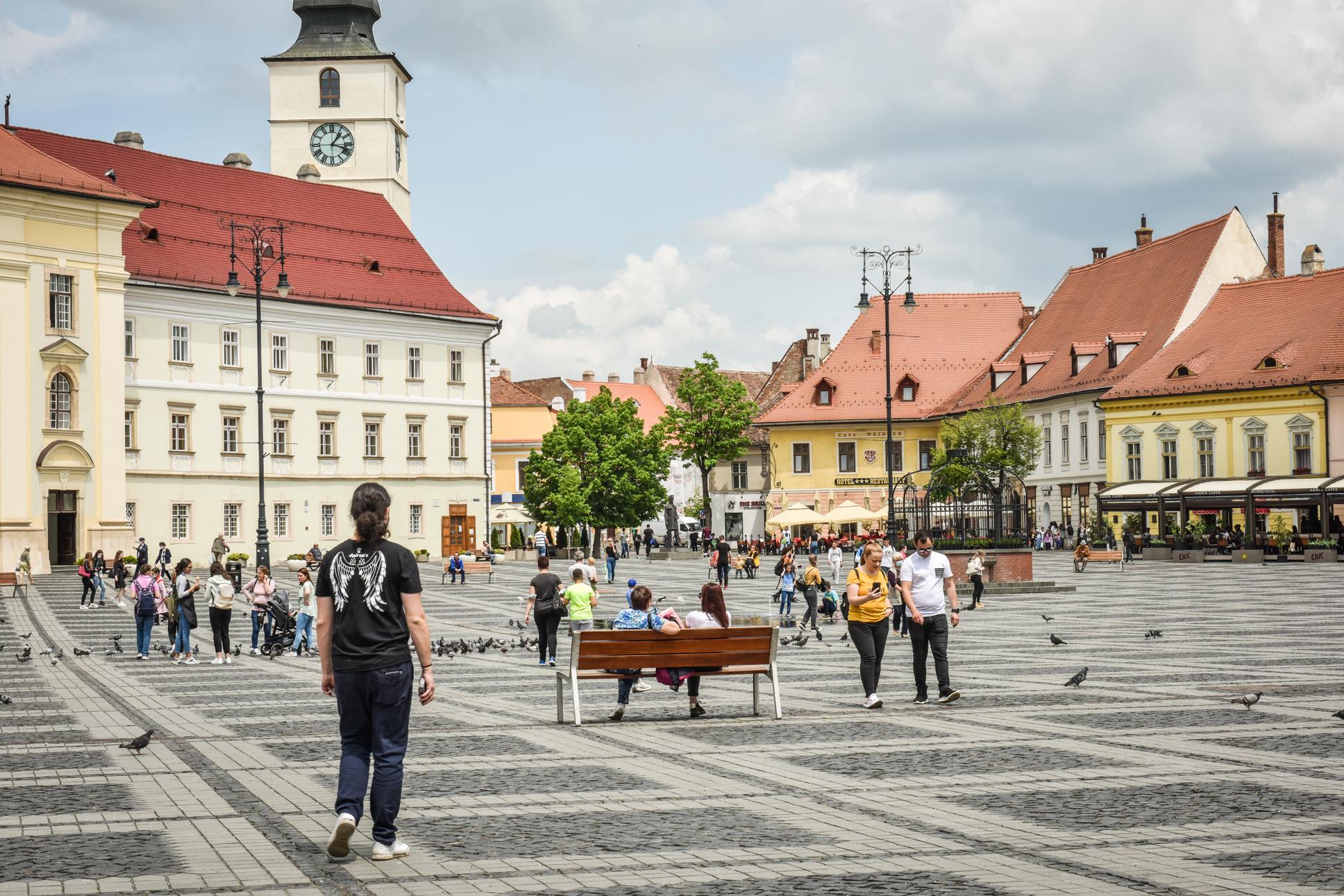0,55 - incidența în municipiul Sibiu. În Cisnădie, rata de infectare scade sub 1