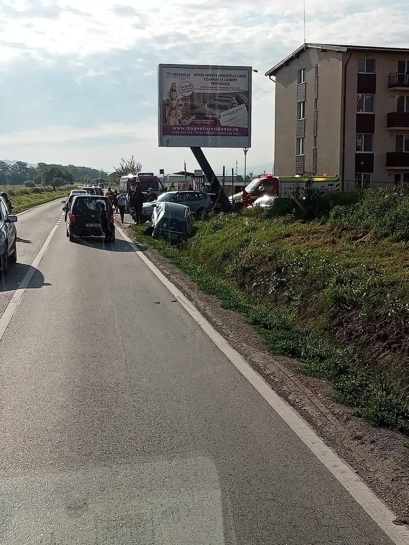Accident cu trei victime, pe Drumul Hoților