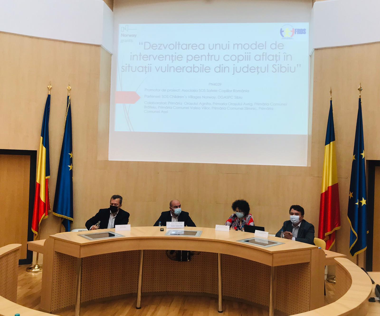 300 de copii din familii vulnerabile din județul Sibiu vor beneficia de servicii sociale și educaționale