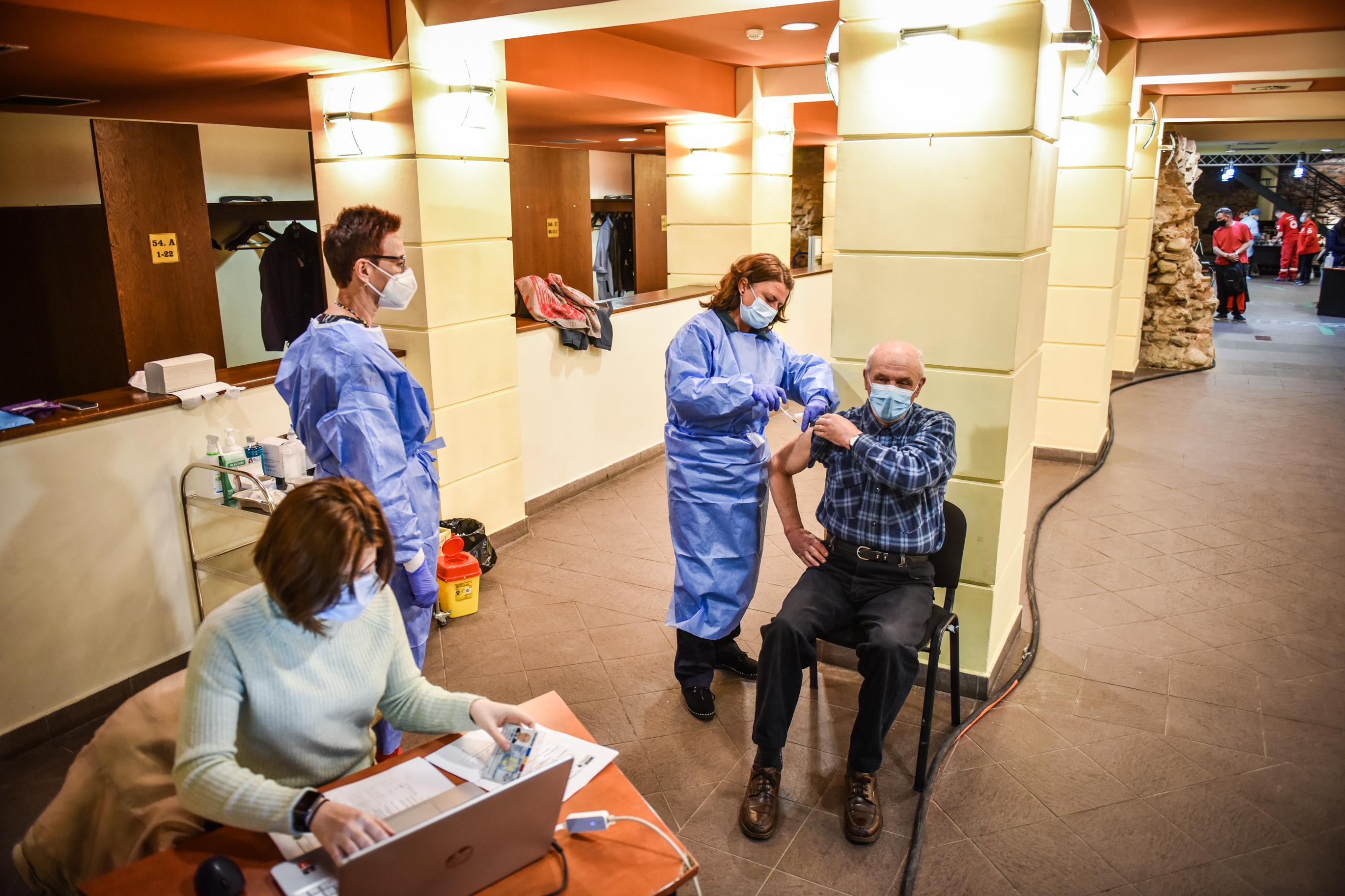 830 de sibieni au fost vaccinați în ultimele 24 de ore