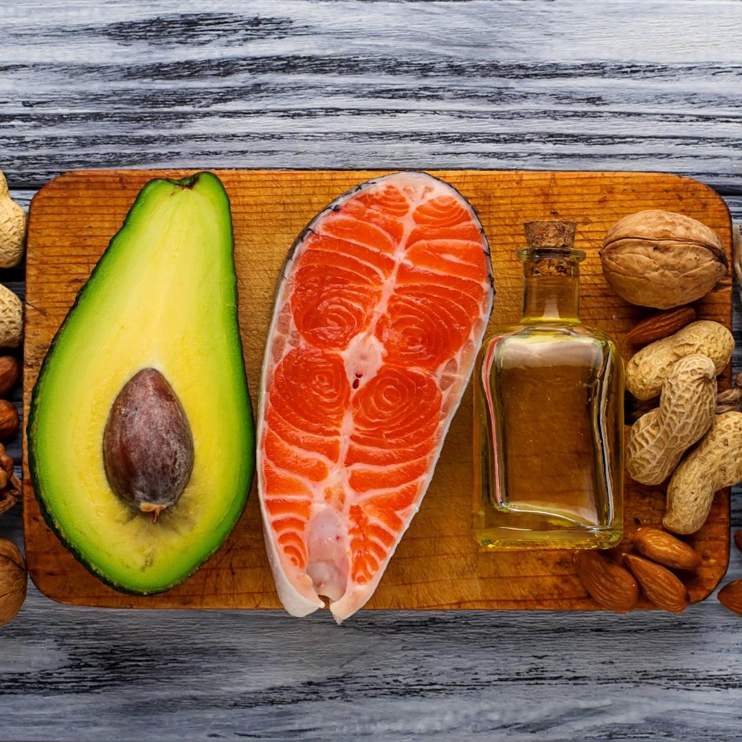 Să povestim puțin despre macronutrienți! De unde ne luăm nutrienții necesari?