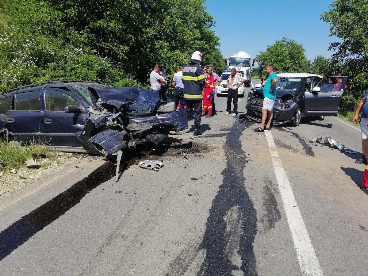 Bărbat rănit într-un accident, la Hosman. Un șofer a intrat pe contrasens