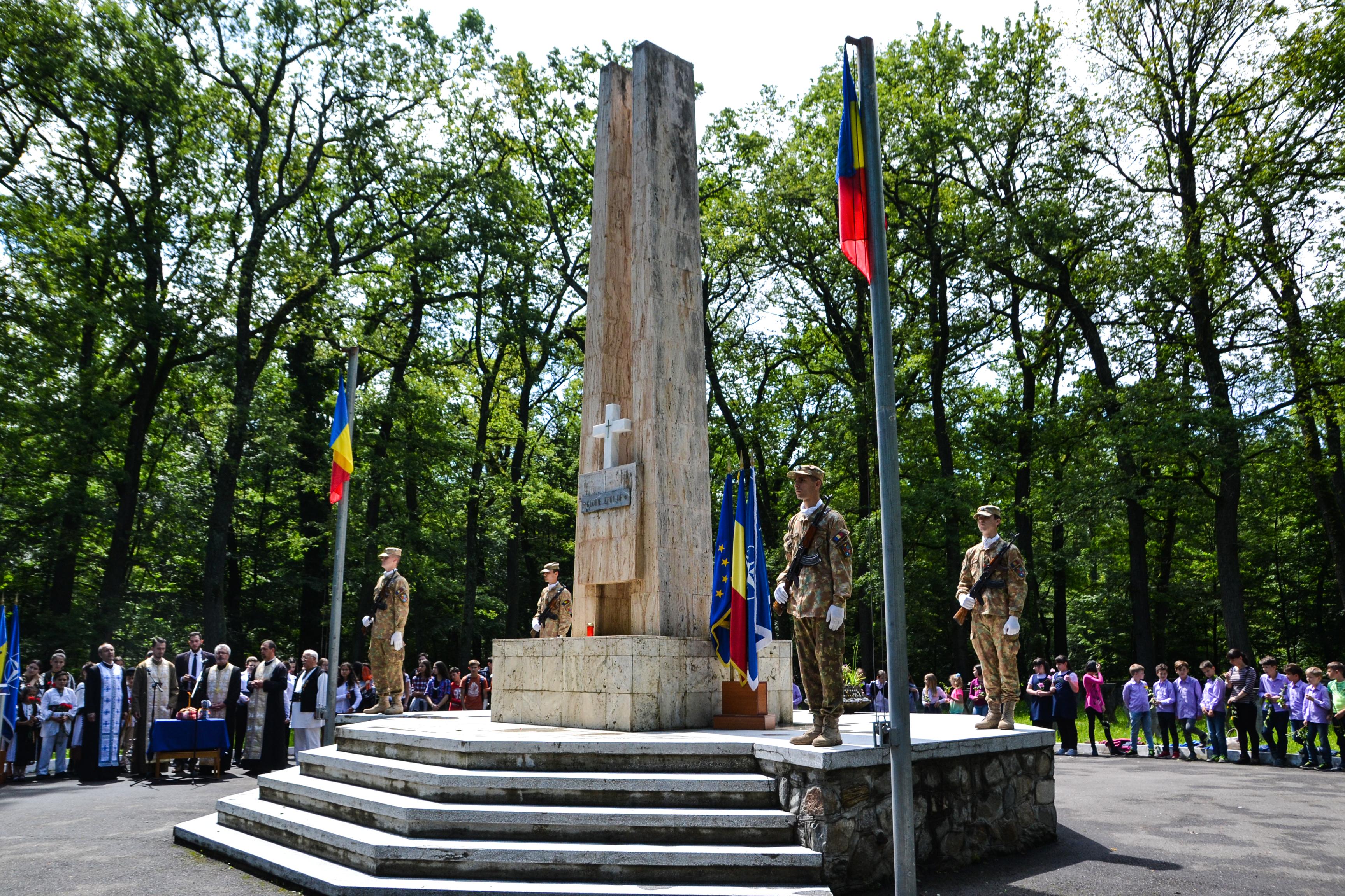 Patru ceremonii vor avea loc în Sibiu cu ocazia Zilei Eroilor