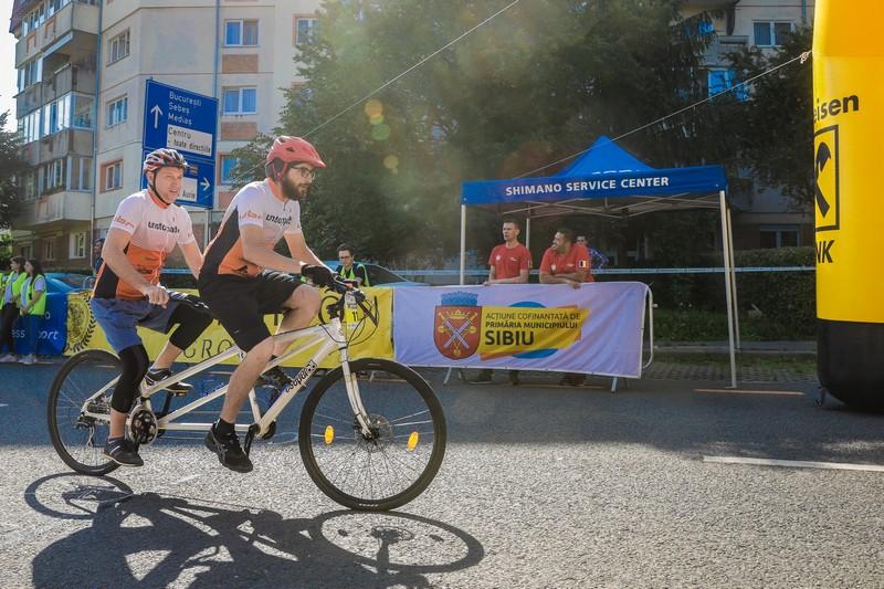 Proiectele maratonului: Biciclete tandem pentru persoanele cu deficiențe de vedere din Sibiu