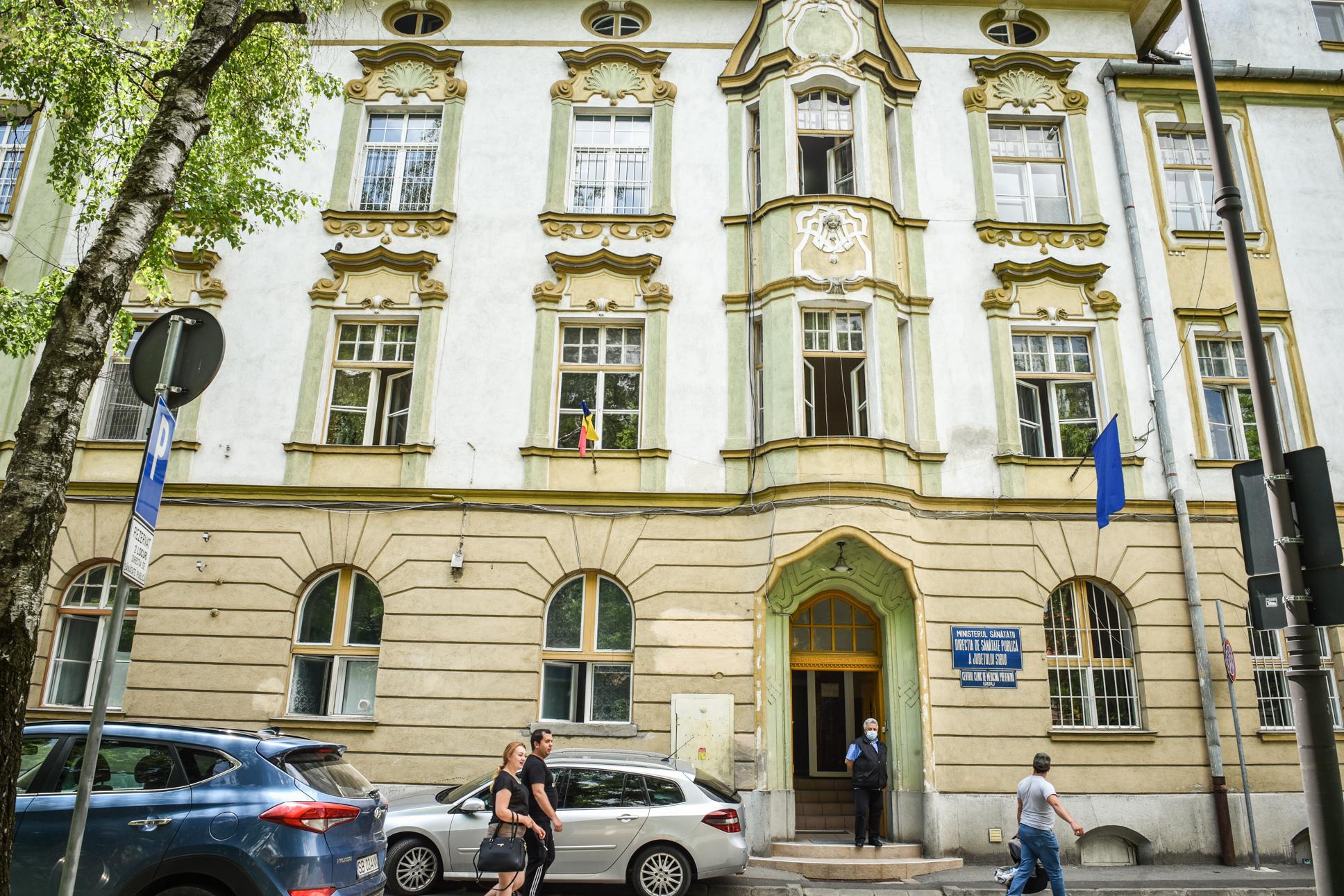 Sibiul, singurul judeţ cu conducere militară la DSP. Decizia depinde de Ministerul Sănătăţii, spune ministrul Apărării