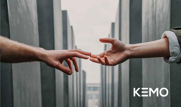 Ești antreprenor sau ONG și criza ți-a afectat afacerea? Te poate ajuta Fundația Kemo, care oferă 1.000 de site-uri pro bono