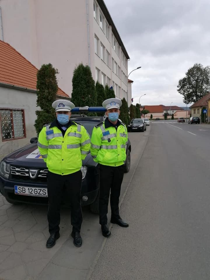Amenzi în valoare de 2.000 de lei pentru două persoane  din județul Sibiu care au părăsit carantina