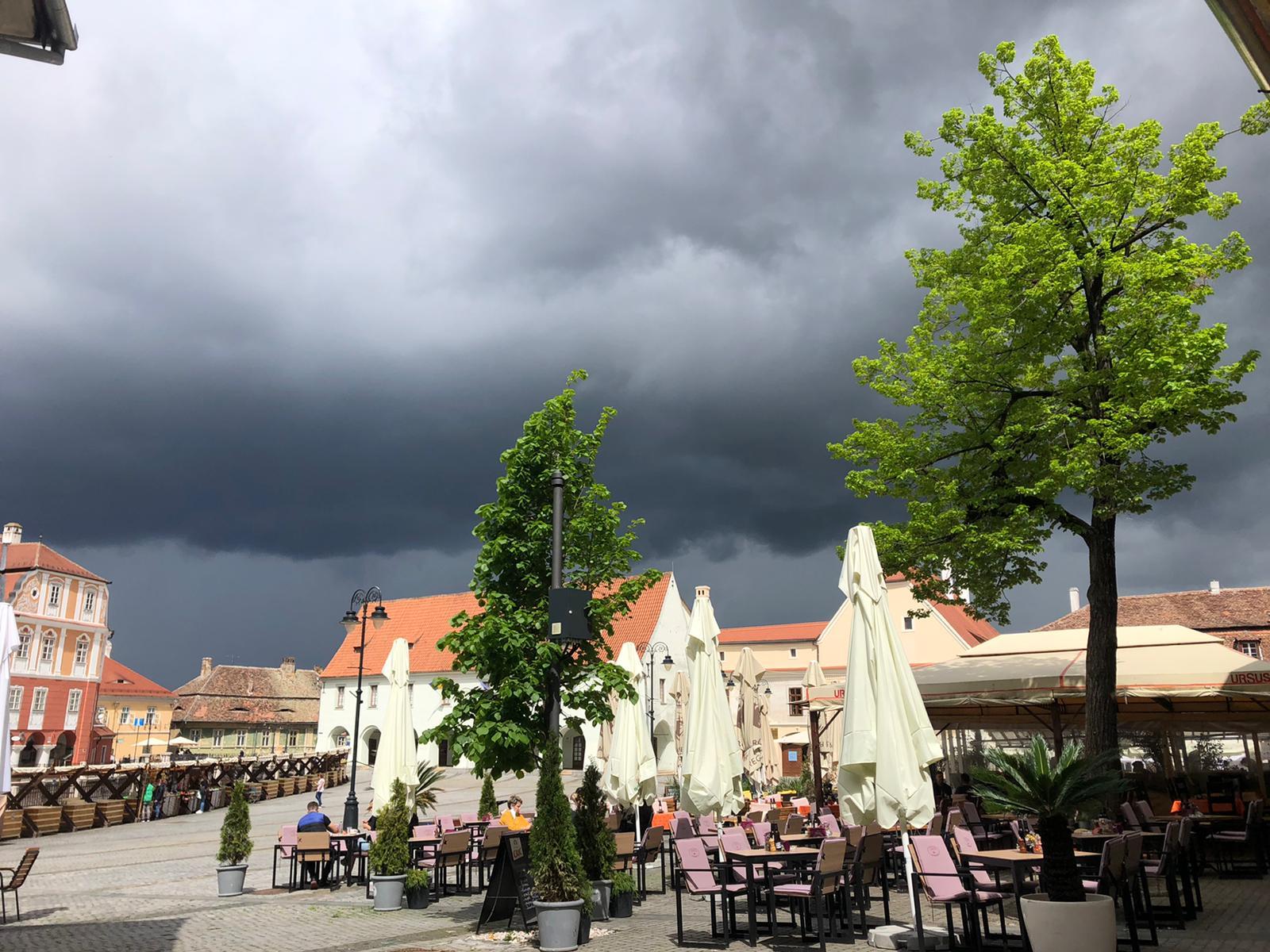 Sibiul va fi în cod portocaliu furtună în această după amiază
