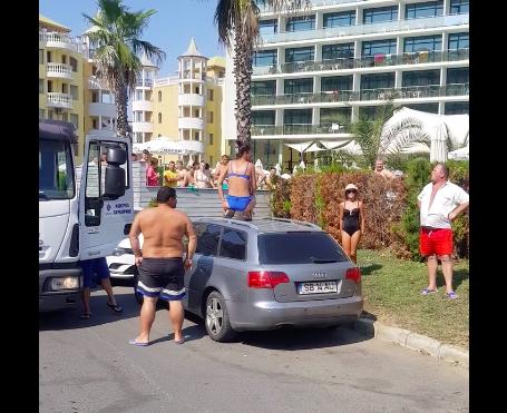 """VIDEO-""""Așa fac și la ei acasă?"""". Reacția bulgarilor când văd proprietarii unei mașini cu numere de Sibiu că fac scandal"""