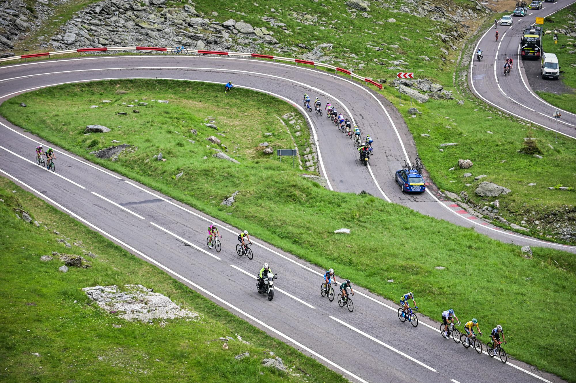 """""""Trebuie să te baţi cu un milion de turişti"""". Anul acesta Turul Ciclist al României ocolește Transfăgărășanul"""
