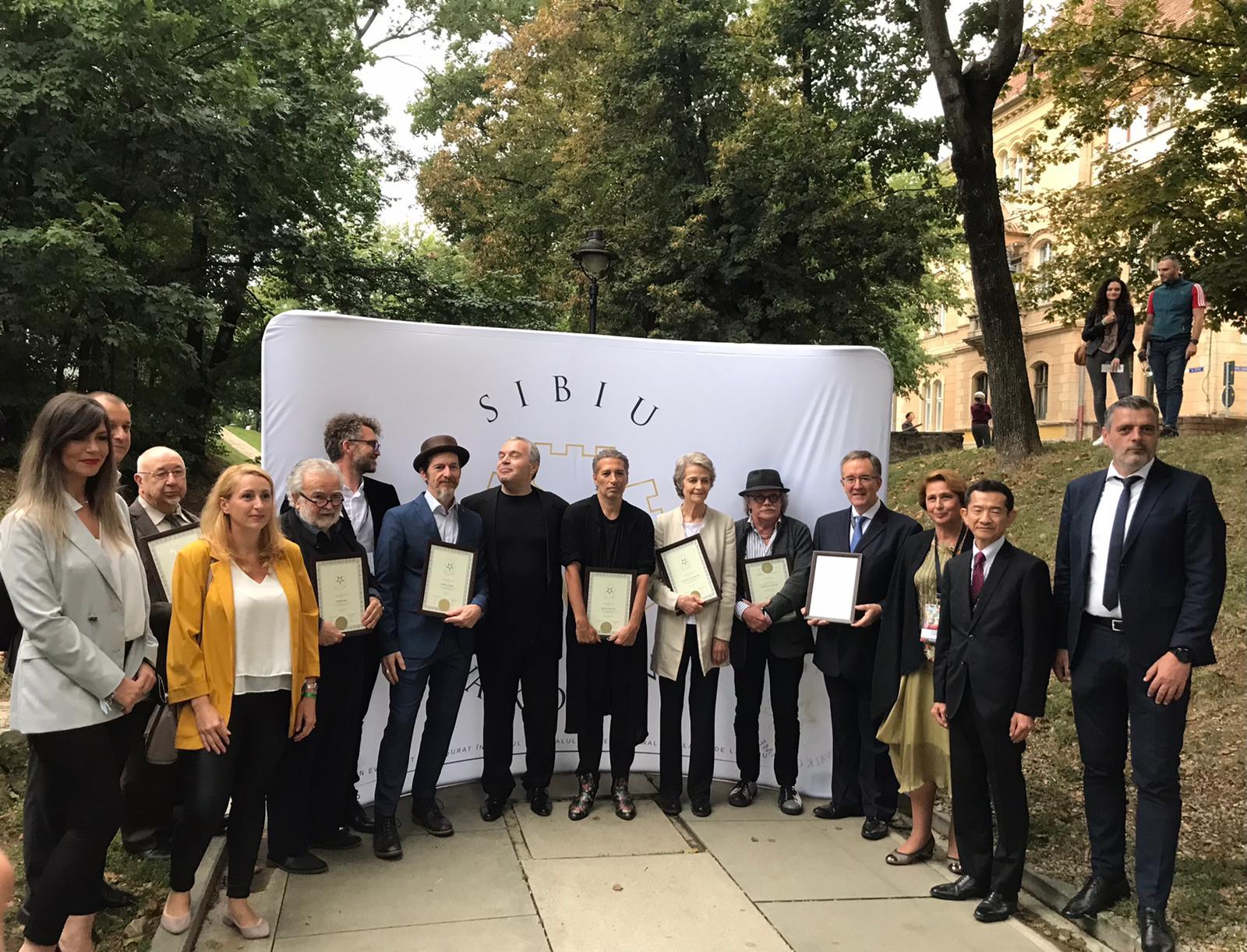 FOTO – Șapte noi stele pe Aleea Celebrităților, la Festivalul Internațional de Teatru Sibiu