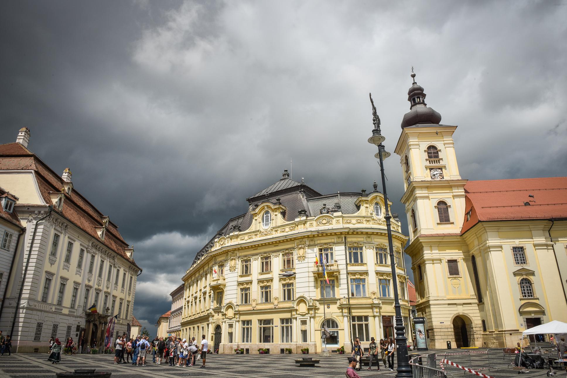 Sibiu: cod portocaliu de precipitații, până duminică seara