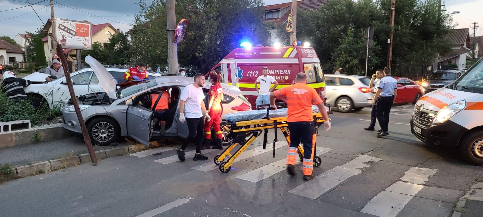 Cauza accidentului de ieri, din apropiere de Calea Dumbrăvii: o șoferiță nu a acordat prioritate