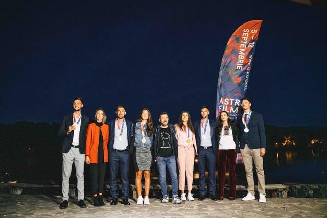 Canotorii români medaliați la JO Tokyo au vâslit pentru a ajunge la ecranele Astra Film Festival. AFF2021 continuă la Sibiu cu un weekend dens, care poate fi considerat un festival în sine