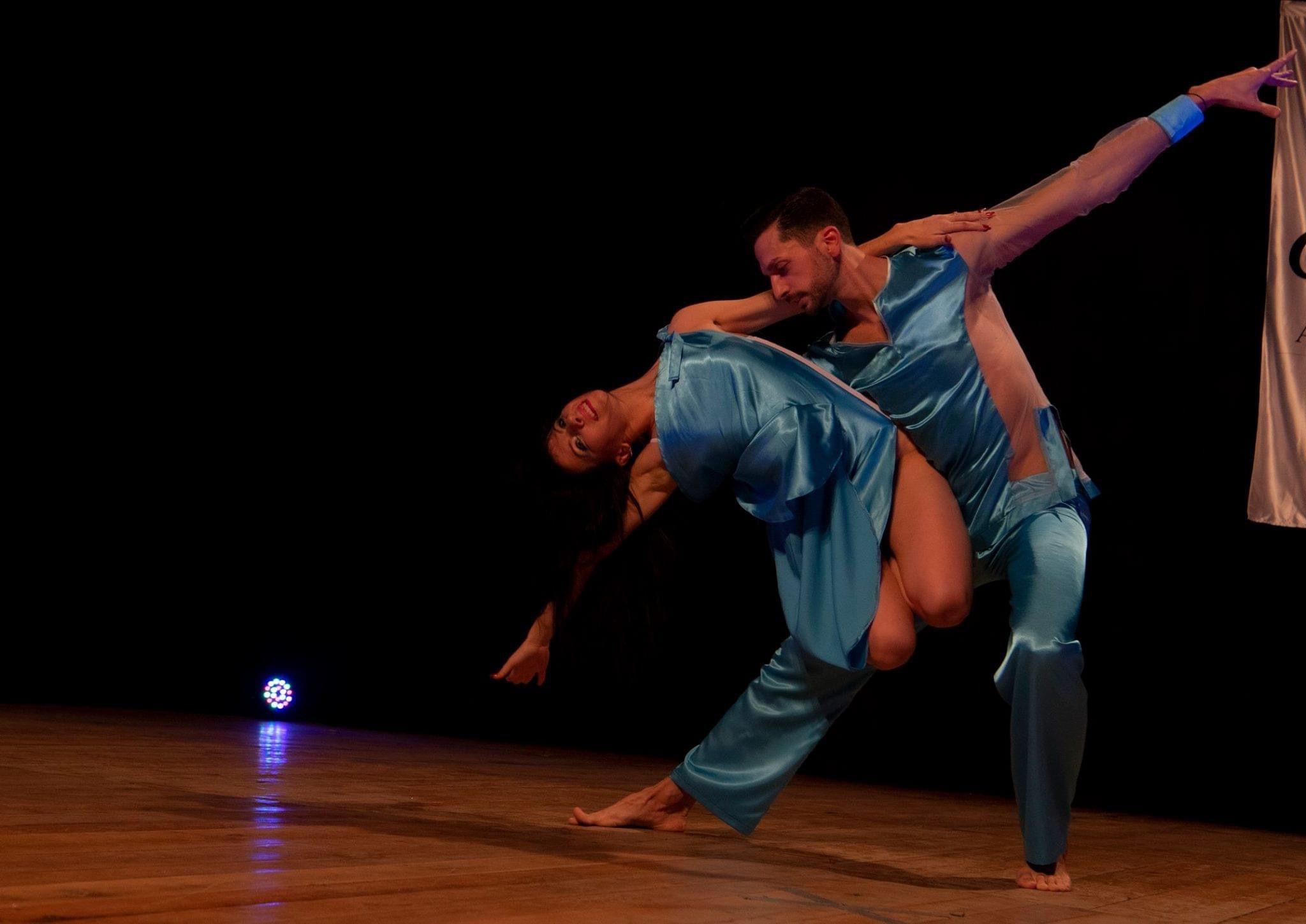 Rise Up – un deceniu în pași de dans. O școală de dans pentru corp, minte și suflet