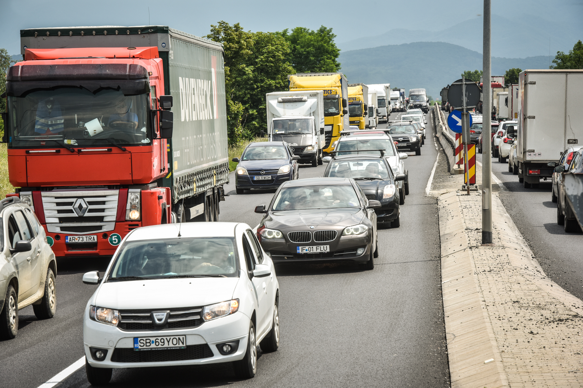 Germania caută 80.000 de șoferi de TIR, Marea Britanie - 100.000