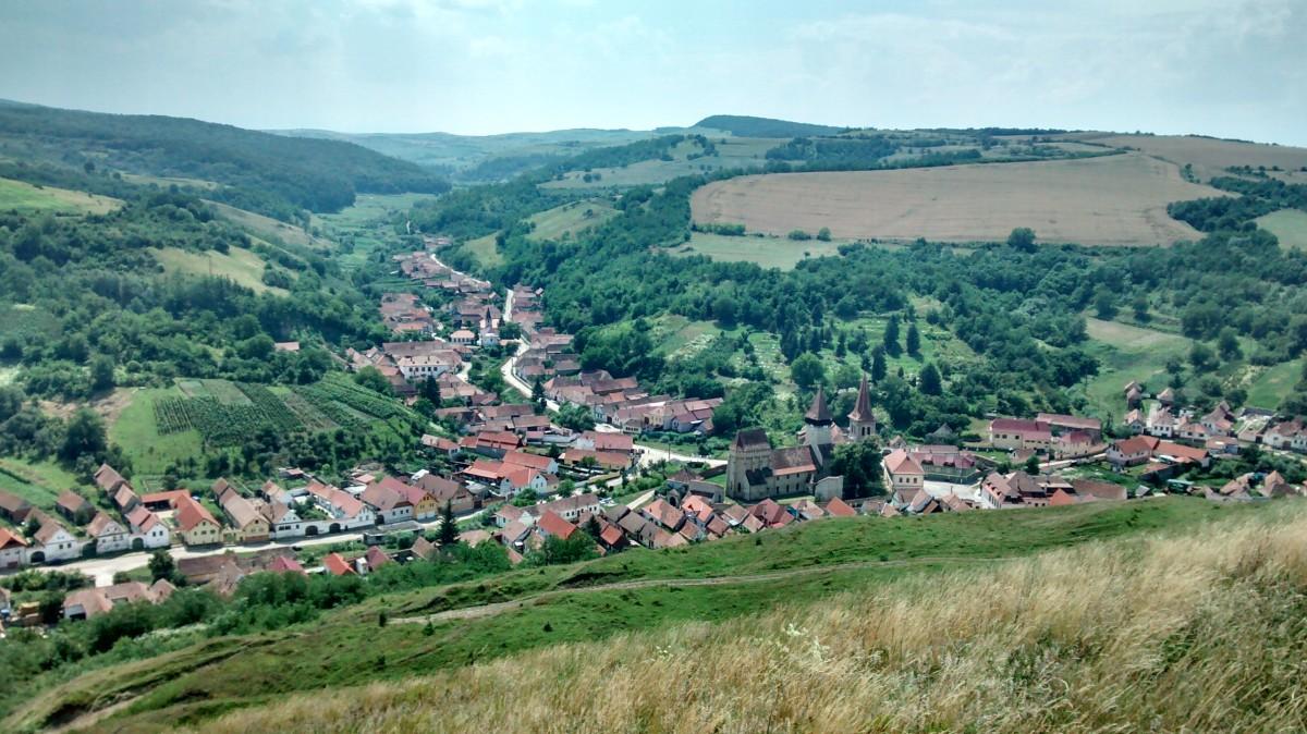 Cum s-au înmulțit cazurile de COVID în singura localitate carantinată din Sibiu