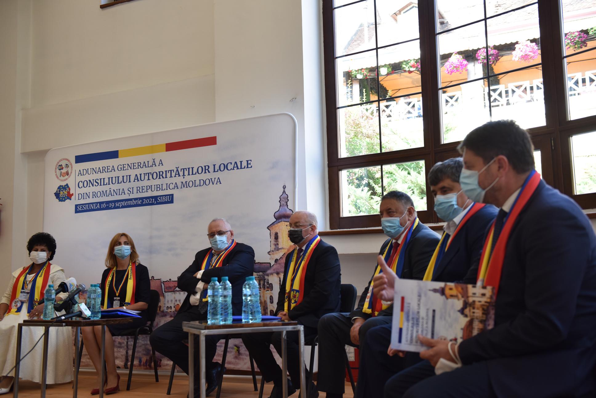 Primarii din Republica Moldova au venit la Sibiu. Să îi susțină pe cei de aici să ajungă la deciziile Guvernului