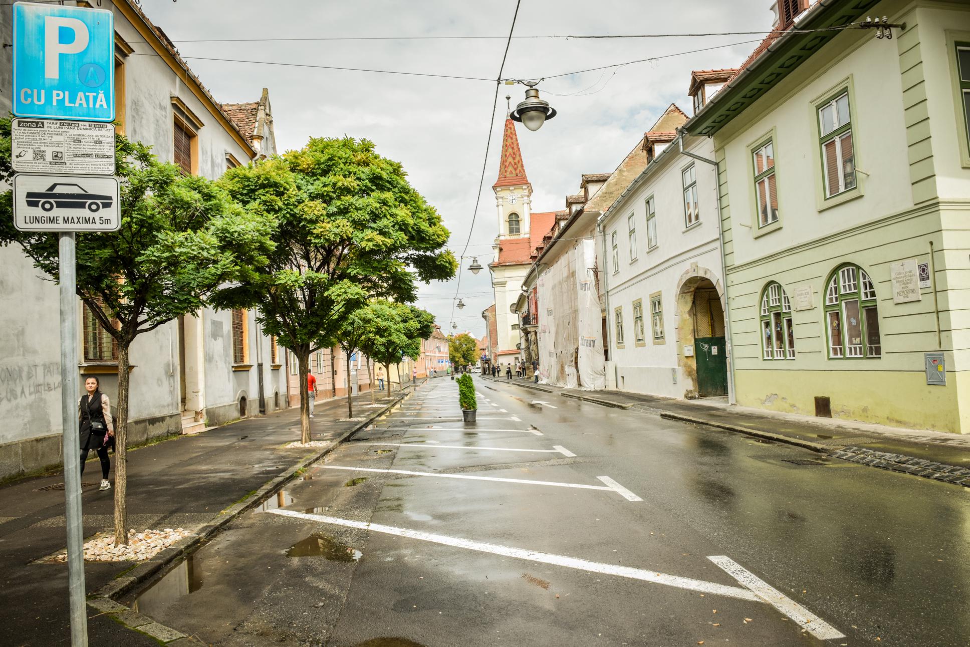 FOTO – Imagini suprarealiste în centrul Sibiului: Străzile Mitropoliei, Centumvririlor și Odobescu fără mașini