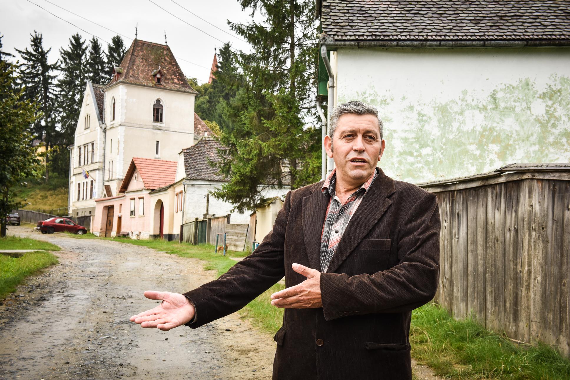 Singurul primar ecologist din Sibiu care a trecut Dunărea înot și a fost 10 ani șofer de TIR prin toată Europa: eu spun omului adevărul și cu el mă duc înainte