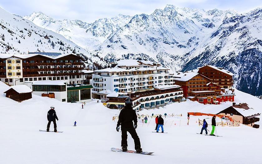 Austria îşi va deschide pârtiile de schi doar pentru turiștii vaccinați, testați sau care au avut COVID