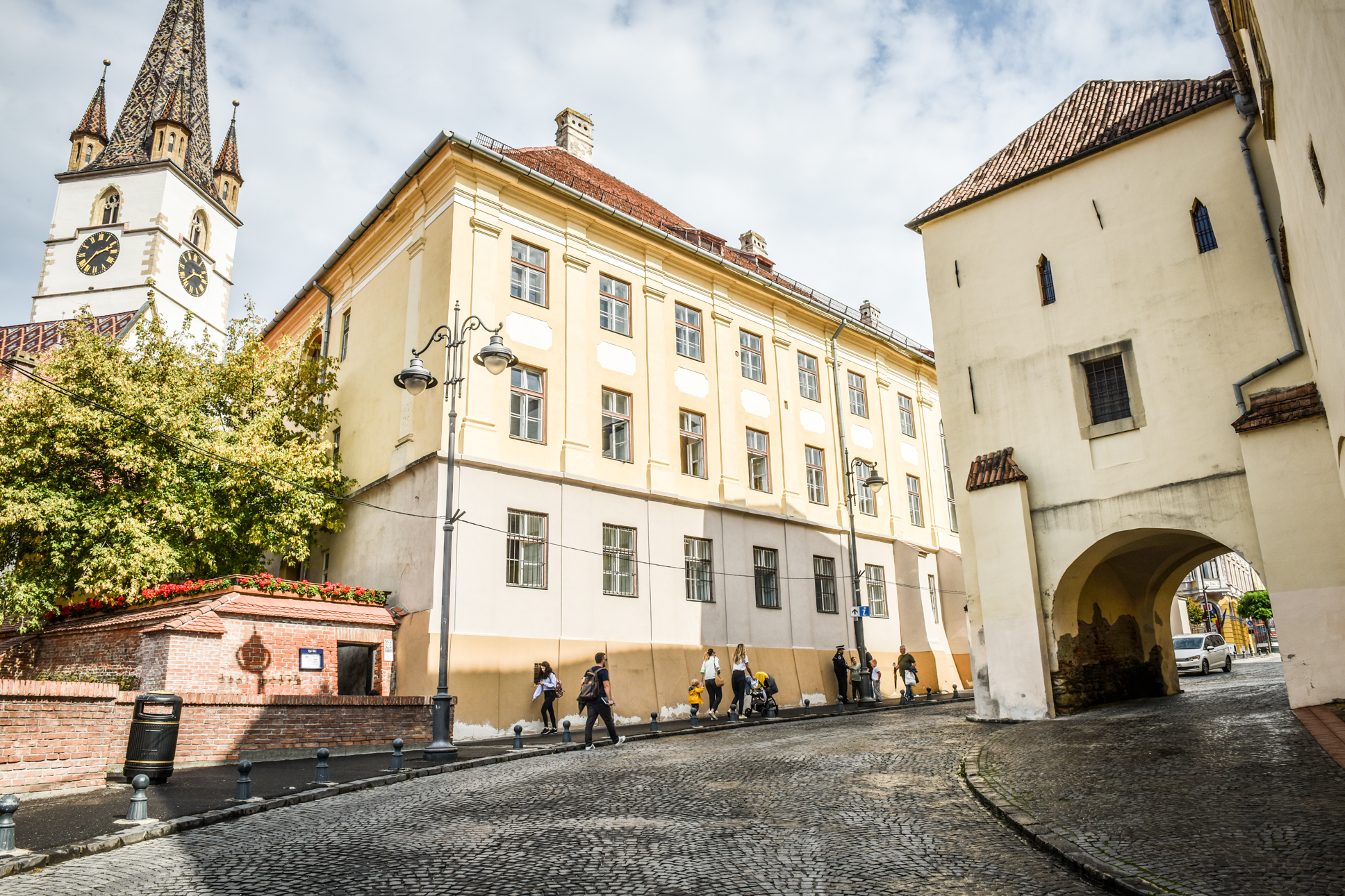Peste 400 de cazuri active în orașul Sibiu. Certificat verde pentru o localitate din județ, alte 7 au incidența peste 2