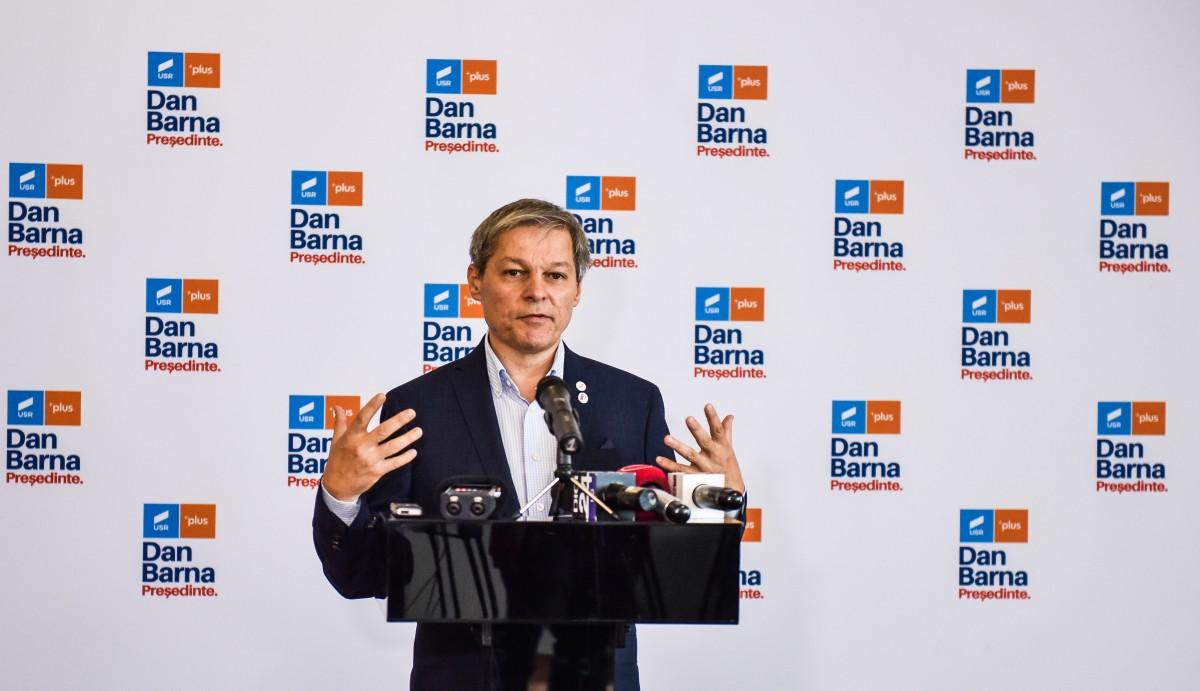 Cioloș a câștigat primul tur al alegerilor din USR