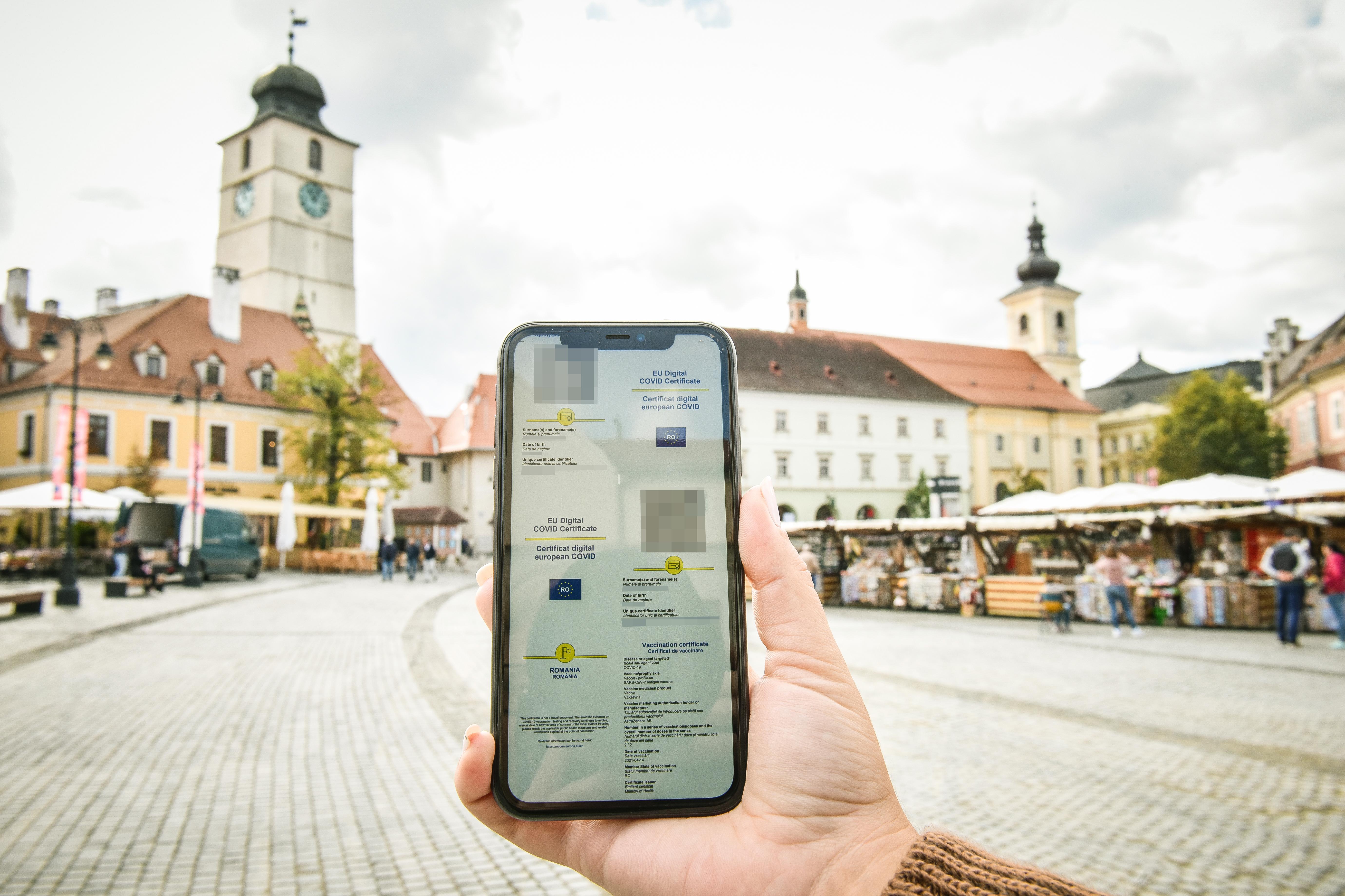 Prefectul: certificatul digital Covid devine obligatoriu în Sibiu de luni. Iar Șeica Mică iese din carantină