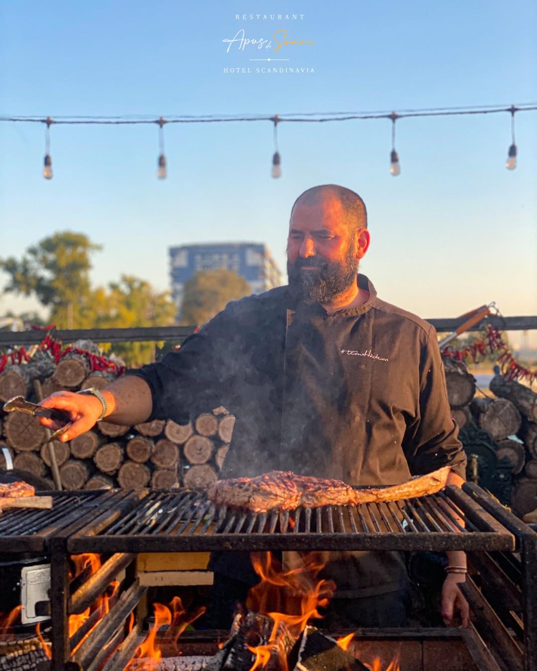 """Chef Adrian Hădean, amintiri cu sibieni la mare. """"Mi-au cerut să le împart 120 de grame de brisket de vită japoneză la 6 persoane"""""""