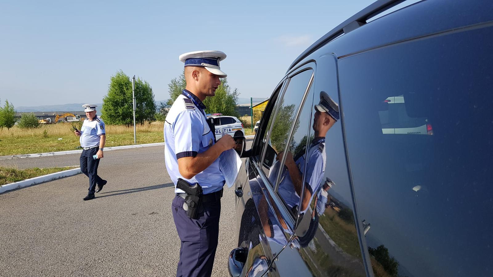 Controale, în weekend, pe autostradă. Polițiștii au prins șapte șoferi beți