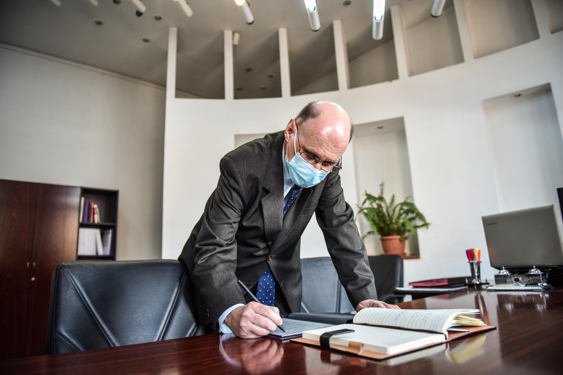 Subprefectul USR PLUS, Laurențiu Theodoru: Nu ne dăm demisia. Suntem în coaliție, în cadrul programului de guvernare